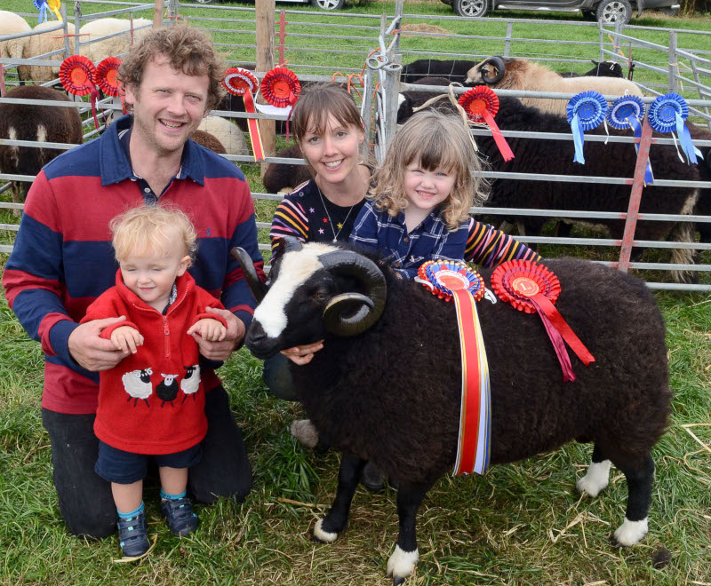 nterbreed Supreme Champion of the sheep section was a Balwen aged ram from Meinir  - the TV 'Ffermio' presenter - and Gary Howells with their children Sioned and Dafydd, Pentrecwrt, Llandysul Pic Tim Jones